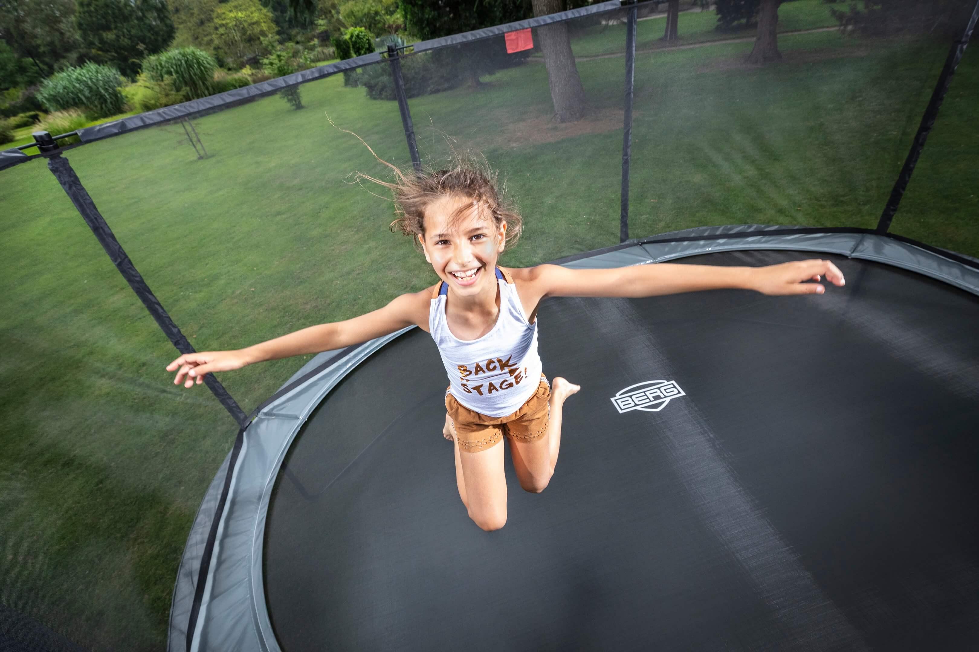 Jurjen Poeles fotografie Berg Toys trampoline sport speelgoed actief buiten lifestyle outdoor