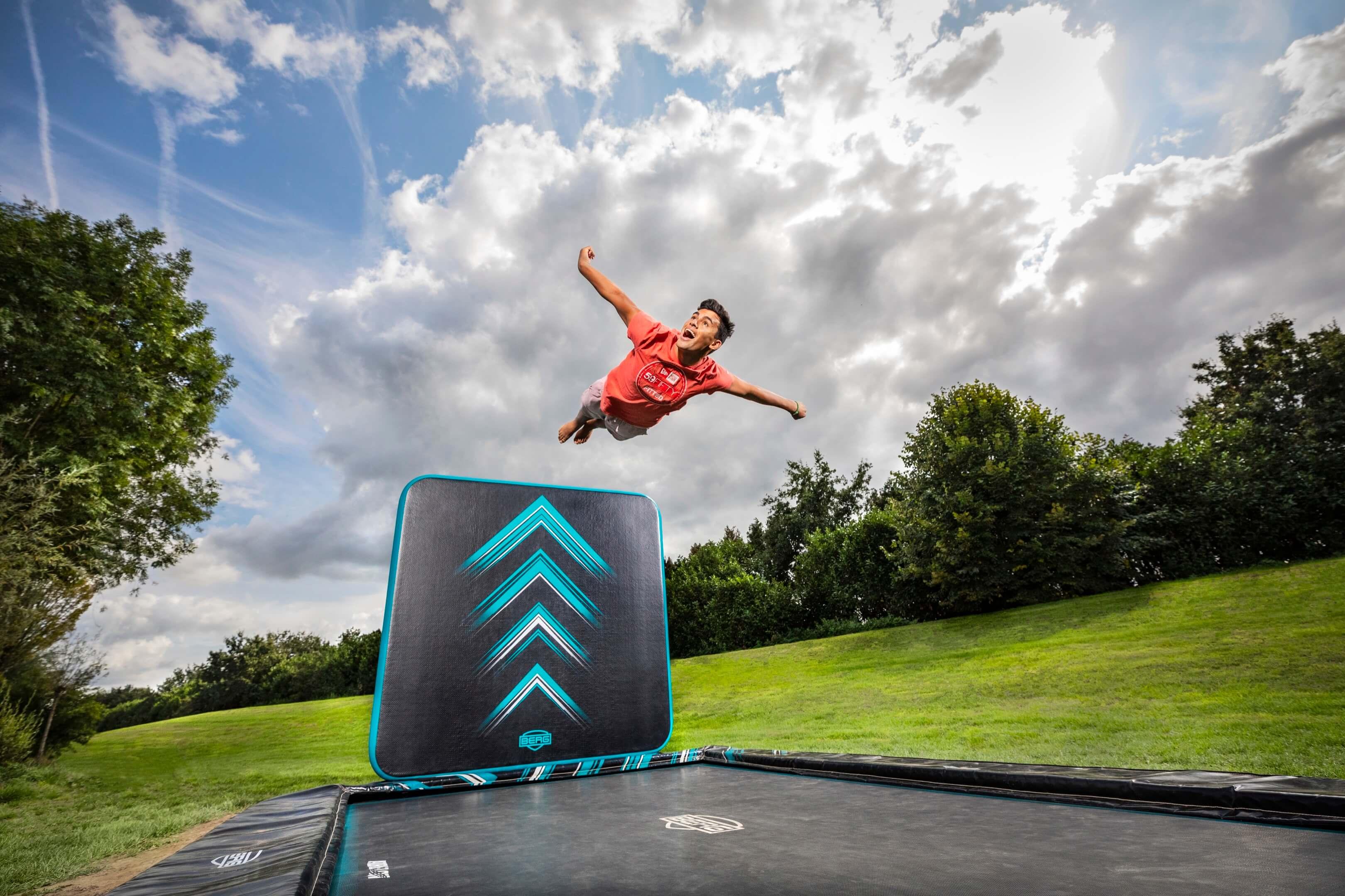 Jurjen Poeles fotografie Berg Toys trampoline sport speelgoed actief buiten lifestyle outdoor extreme