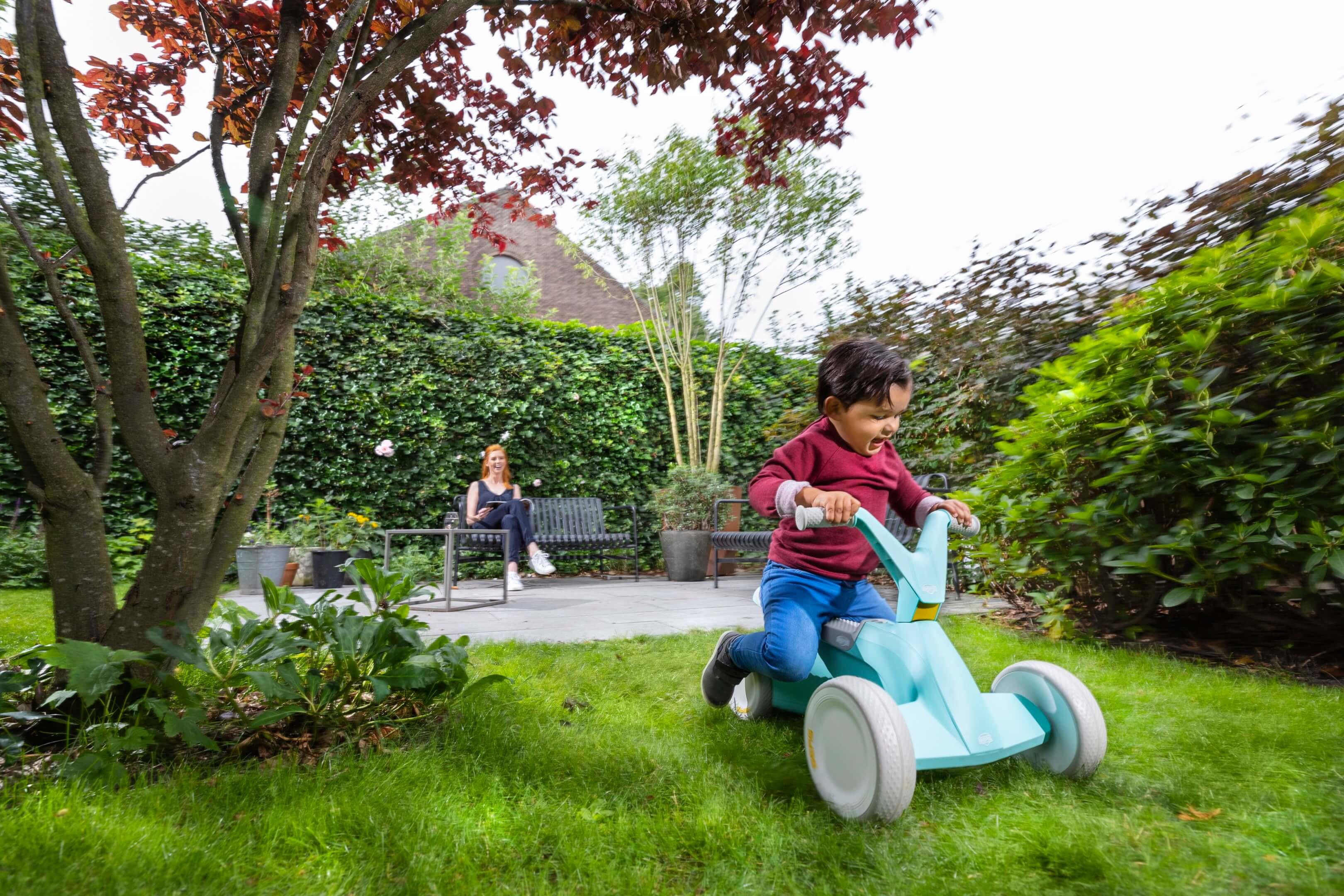 Jurjen Poeles fotografie Berg Toys lifestyle go2 pedal cart pedalcart skelter kinder speelgoed kind interieur productfotografie product locatie studio tuin