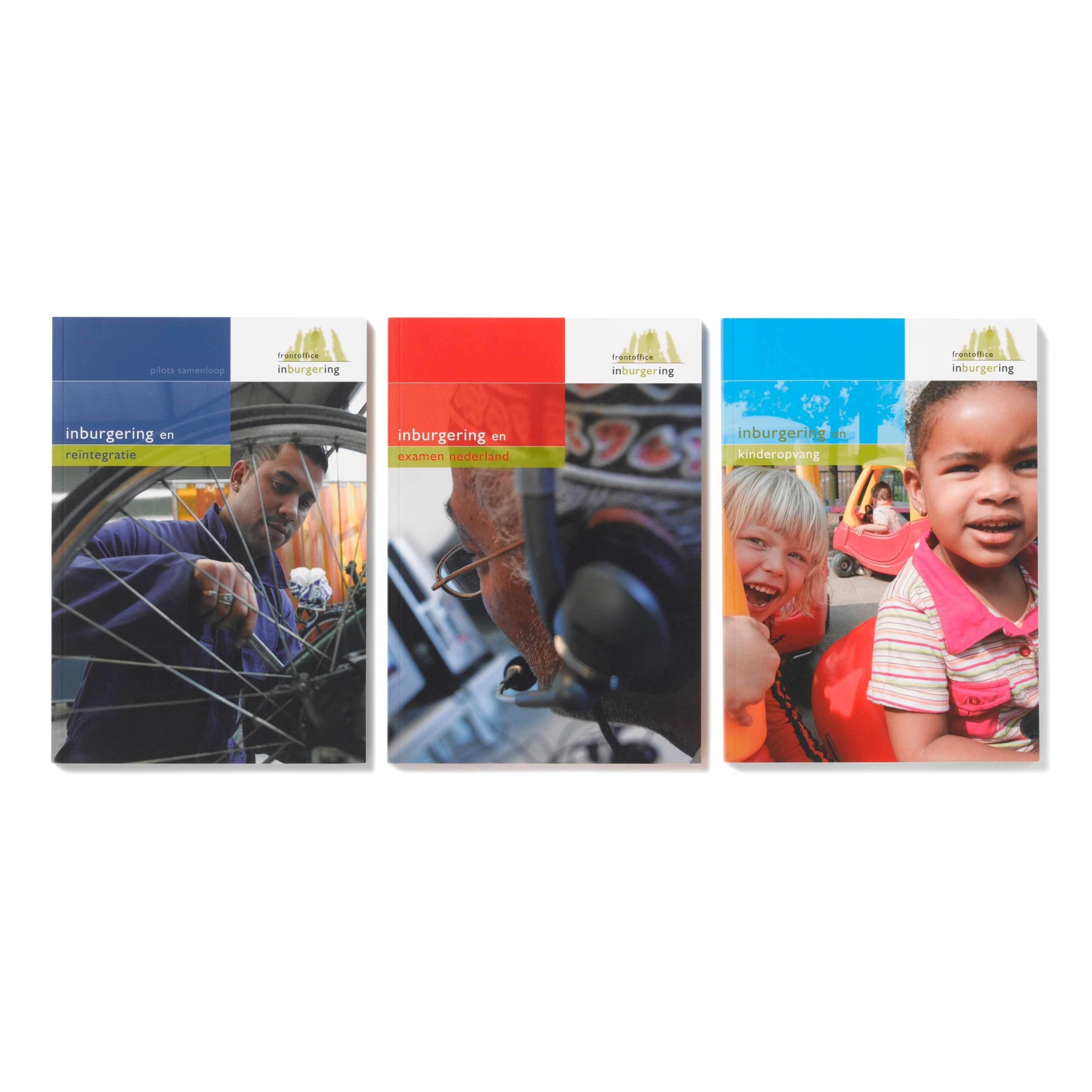 Jurjen Poeles fotografie informatieve uitgaven boek Frontoffice Inburgering Concreet geeft vorm Ministerie van Justitie en Veiligheid asielzoeker vluchteling opleiding school educatie spelen