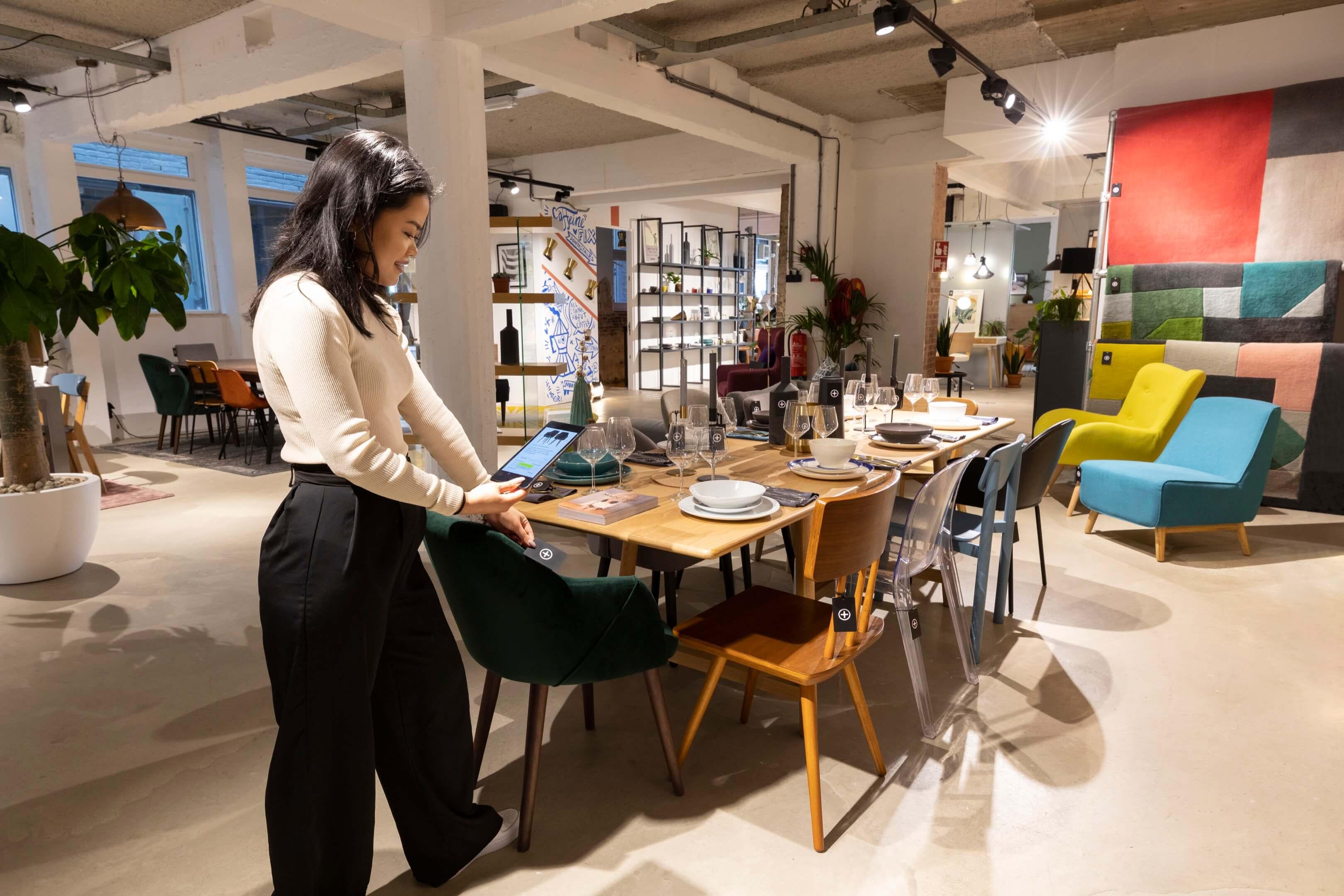 boek Circles of retail Boom beroepsonderwijs Sarphati Jurjen Poeles fotografie reportage retailconcept winkel shopping winkelen made Amsterdam