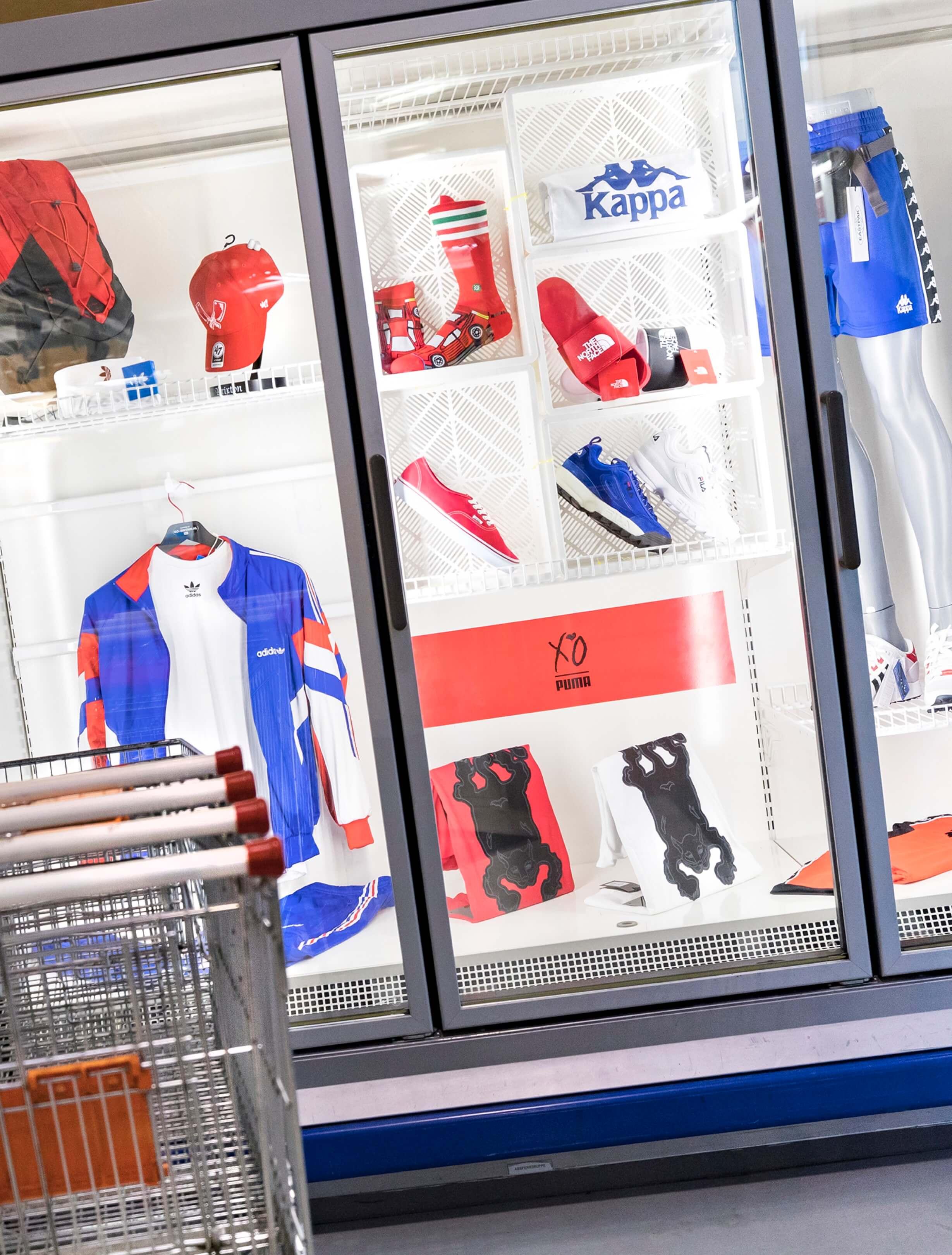 boek Circles of retail Boom beroepsonderwijs Sarphati Jurjen Poeles fotografie reportage retailconcept winkel shopping winkelen Go Britan Rotterdam