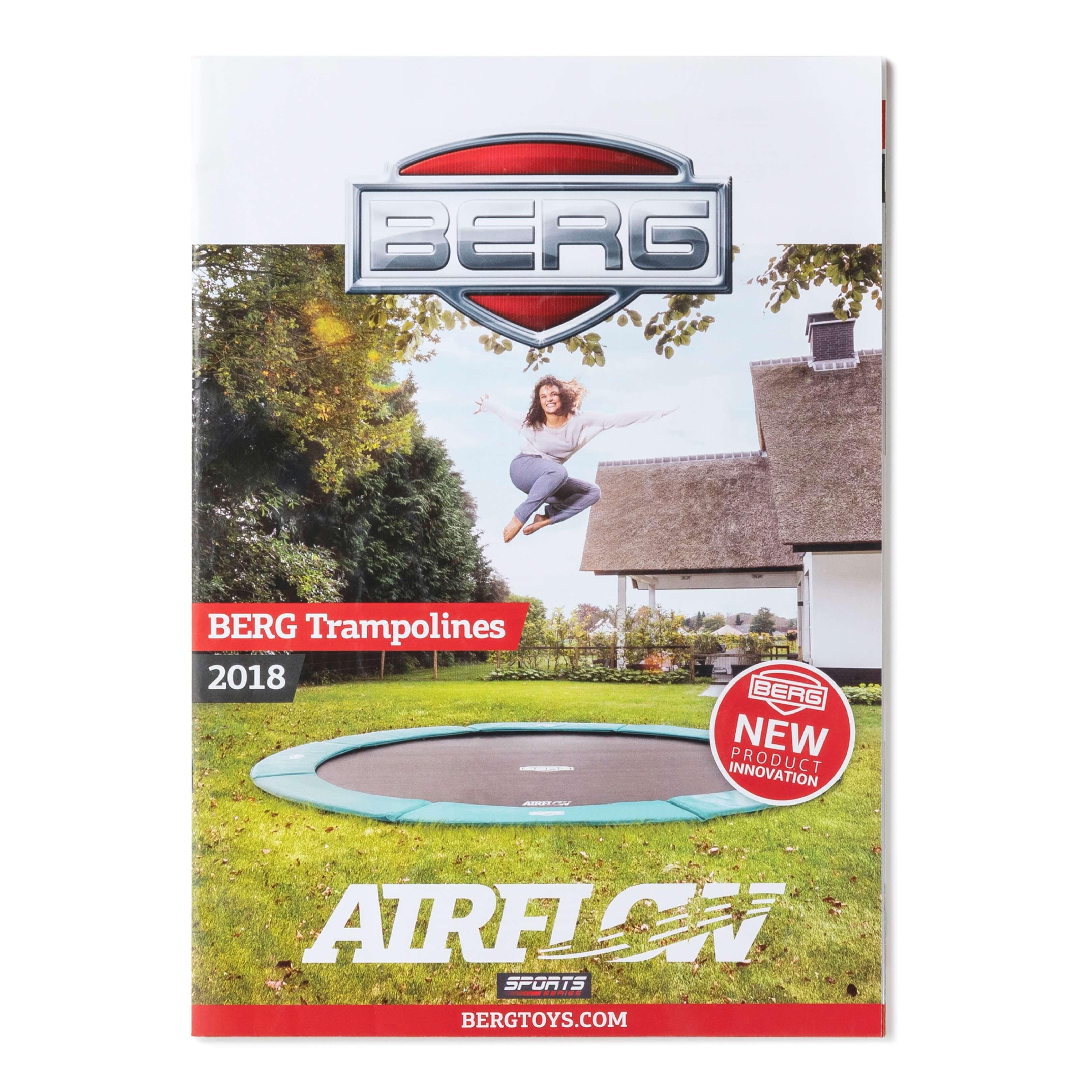 Jurjen Poeles Fotografie Berg Toys brochure cover lifestyle trampoline meisje locatie reclame 2018